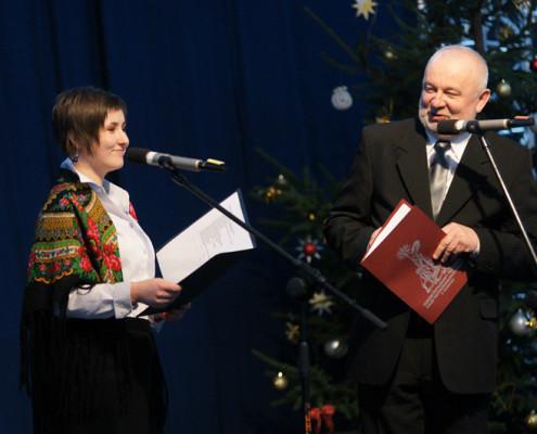 Już tradycyjni festiwalowi konferansjerzy - Anna Jawdosiuk-Małek i Jerzy Horbowiec