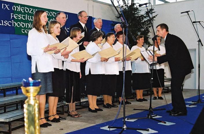 Chór Parafii Prawosławnej pw. św. Serafima z Sarowa w Kostomłotach pod dyrekcją Jana Podoluka