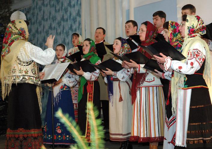 """Chór """"Wołyńskie Dzwony"""" z Łucka na Ukrainie pod dyrekcją Marii Wysłockoj-Fiedosiuk"""